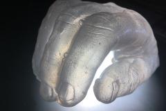 Hands_010